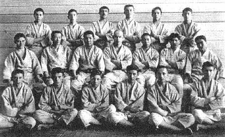 Василий Ощепков с учениками
