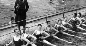 История синхронного плавания