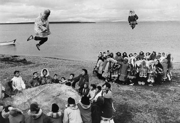 История прыжков на батуте
