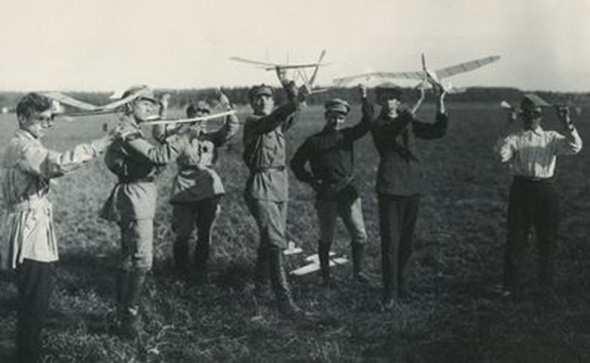 История авиамодельного спорта