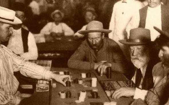 История спортивного покера