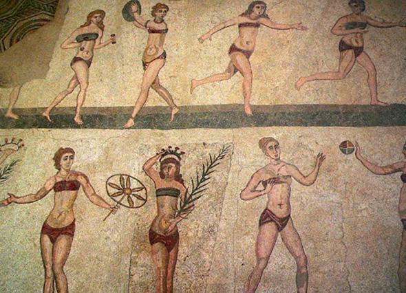 История спортивного костюма